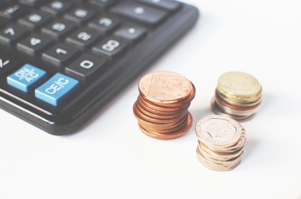 Cálculo de dinheiro, salário