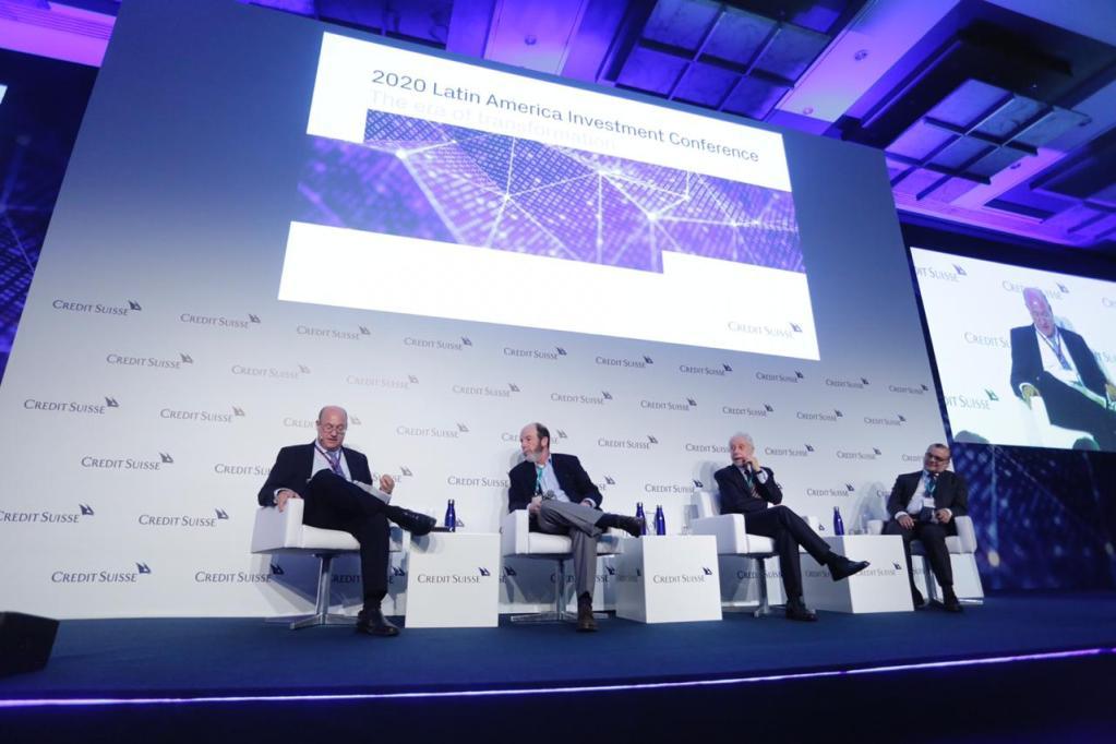 Os economistas Gustavo Franco, Pérsio Arida e Armínio Fraga, em evento promovido pelo Credit Suisse