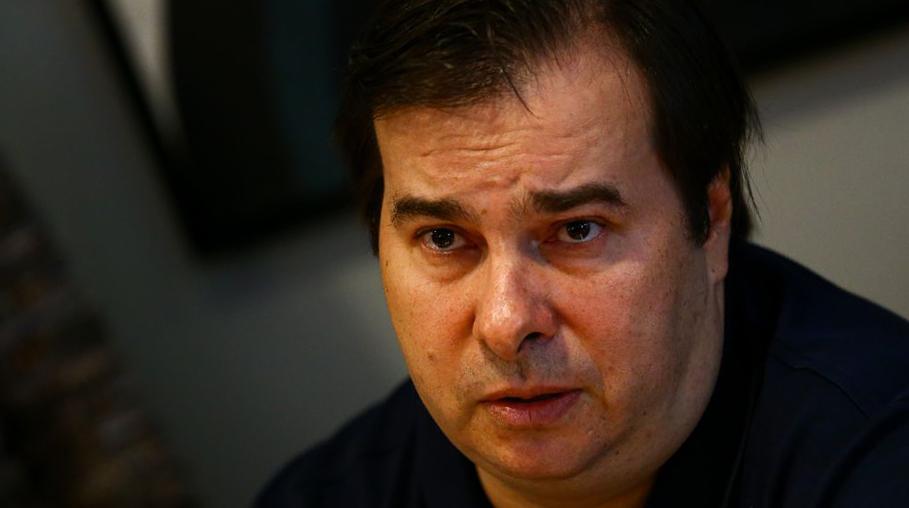 Maia: Bolsonaro continua insistindo em tese, mas chave da equipe ...