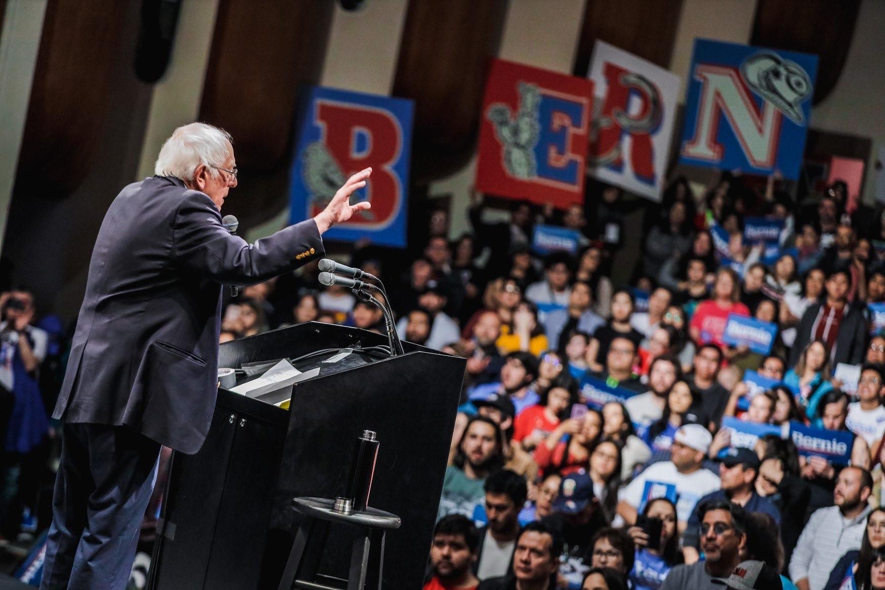 Sanders vence primárias em Nevada e confirma favoritismo entre democratas