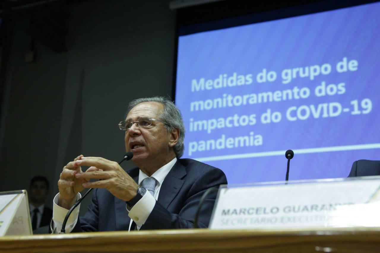 Paulo Guedes anuncia medidas para contenção de impactos da pandemia do coronavírus