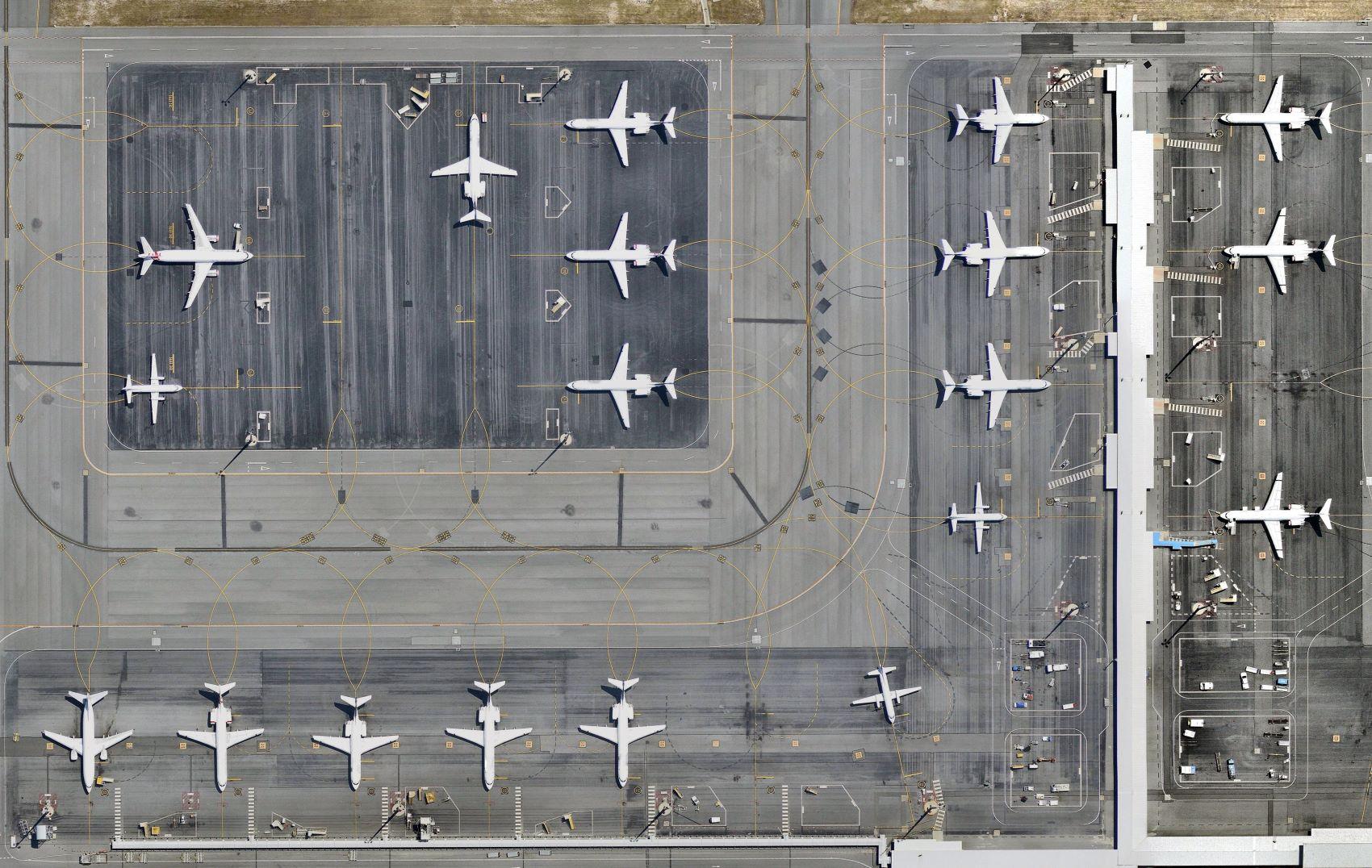 Caixa alerta para rombo de R$ 1,4 bilhão no FGTS com ajuda a aéreas – InfoMoney