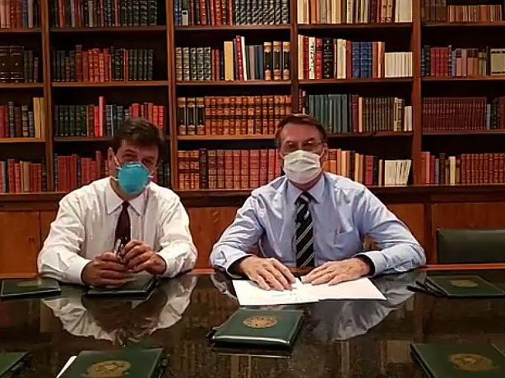 Live do Bolsonaro com máscara