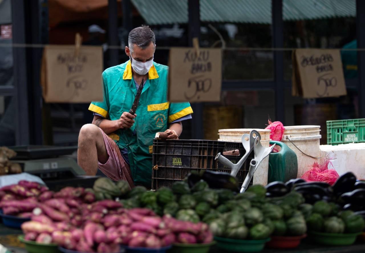 feirante são paulo feira informal máscara
