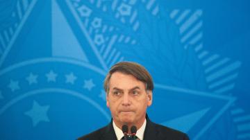 Bolsonaro fala sobre coronavírus