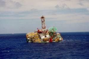 petrobras plataforma petróleo afundou