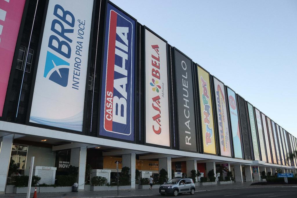 Shopping Conjunto Nacional fechado na cidade de Brasília (DF), neste domingo (29), após casos de coronavírus