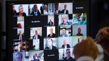 Sessão deliberativa remota no Senado Brasileiro