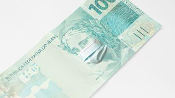 brasil nota 100 reais dinheiro máscara covid covid-19 coronavírus