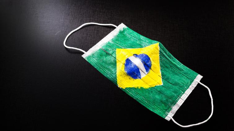 Coronavírus Brasil máscara