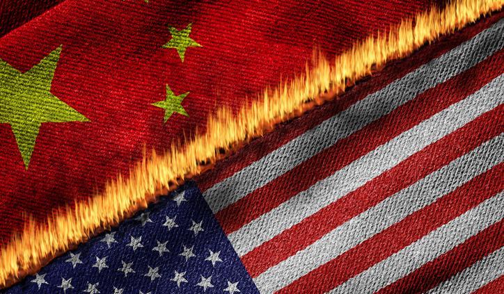 Bandeiras da China e EUA