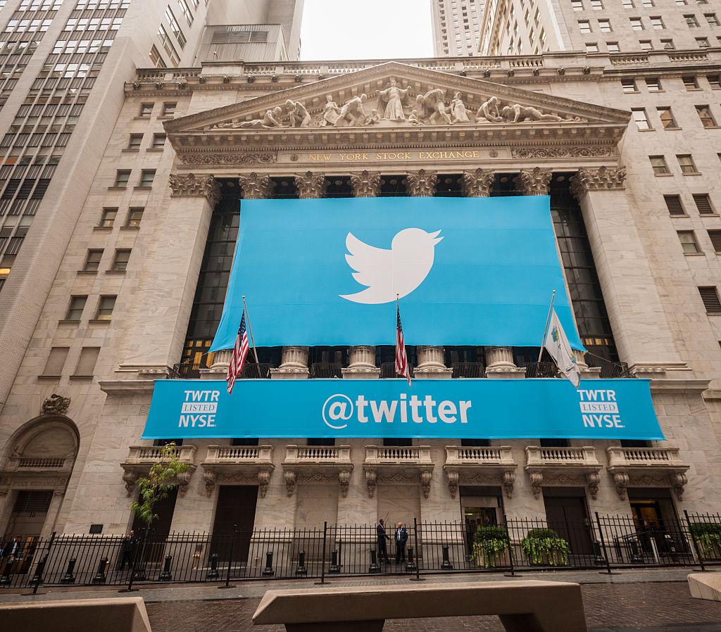 Twitter registra alta anual no lucro e receita do 4º trimestre thumbnail