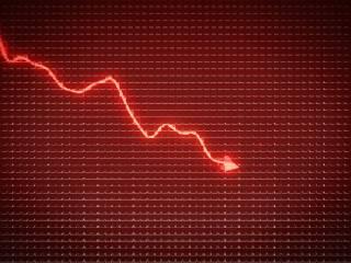 Ibovespa fecha em queda puxado por Vale e Ambev após resultados; dólar cai a R$ 5,08 com PIB dos EUA e Fed no radar