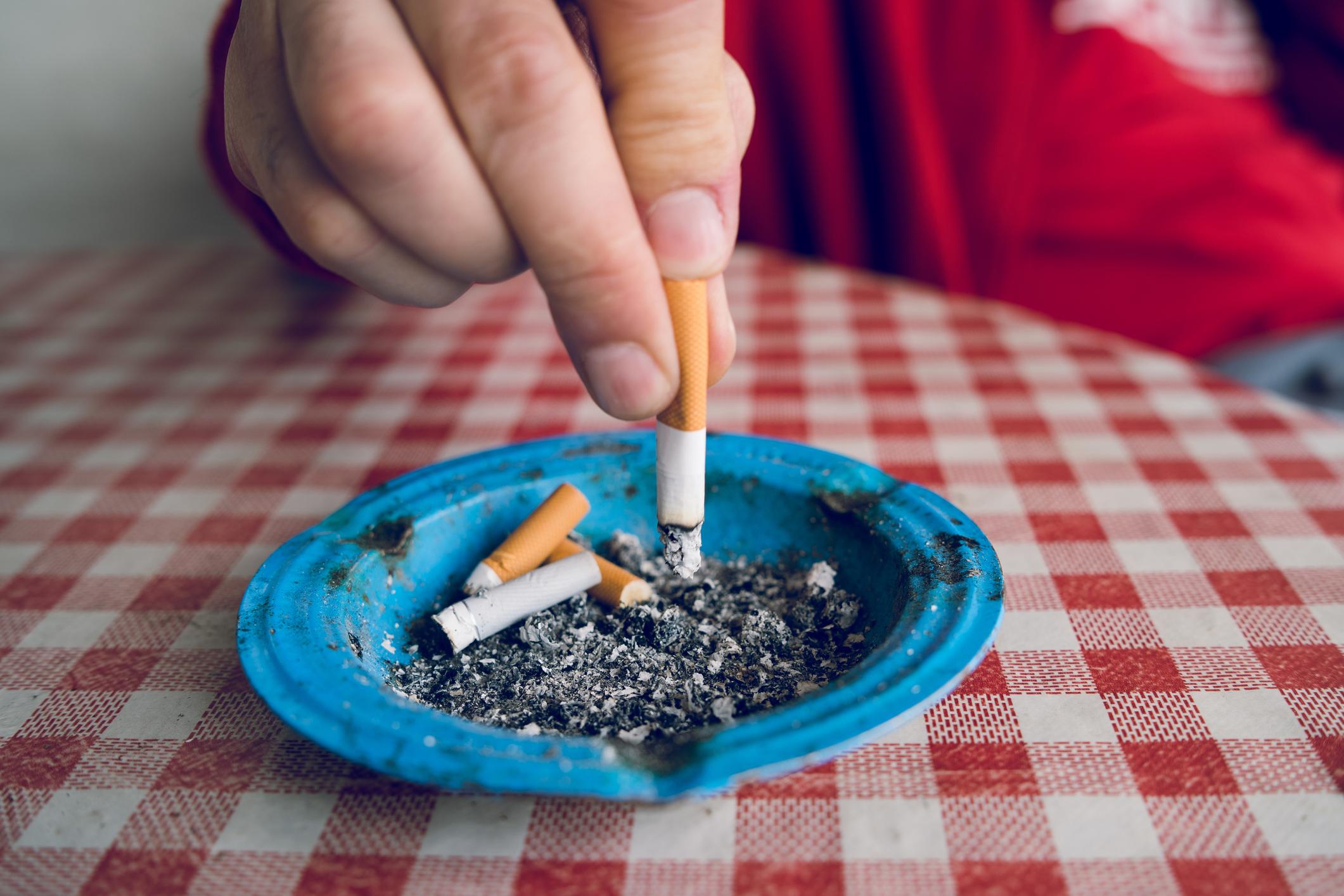 Pesquisa revela diminuição dos gastos com cigarros no Brasil nos últimos anos thumbnail