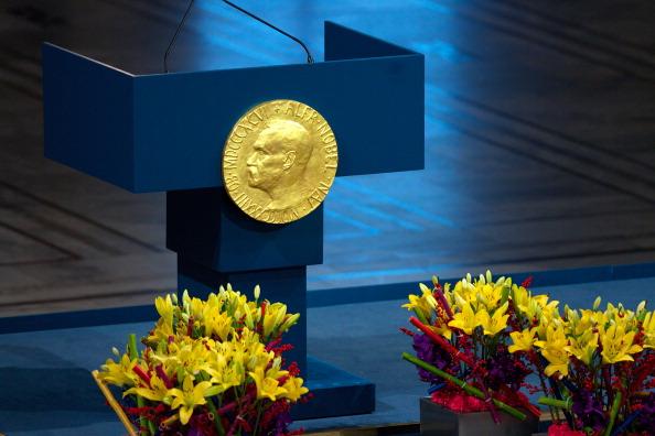 Nobel de Economia já premiou liberais e keynesianos: conheça todos os laureados thumbnail