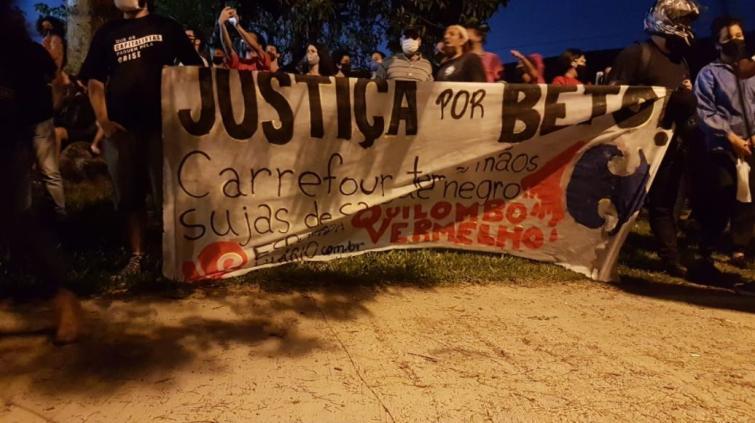 Protestos - Carrefour
