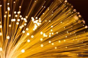 Fibra óptica para o lar, fibra óptica residencial para conectar internet, ou FTTH