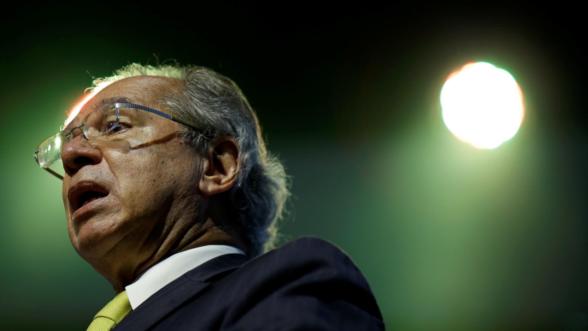 CPI da Covid pode ouvir Guedes após Mandetta relatar distanciamento da equipe econômica thumbnail