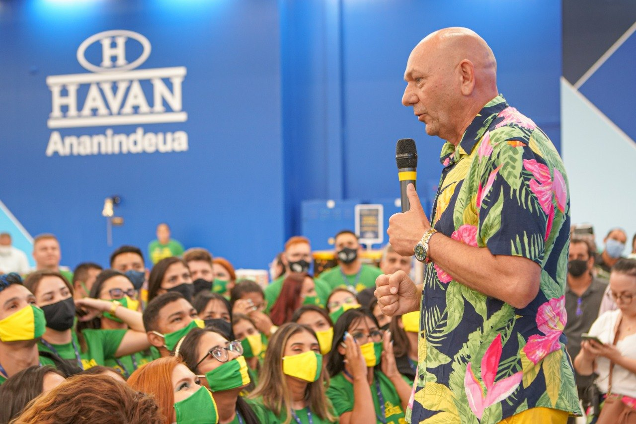 Luciano Hang em inauguração de loja Havan em Ananindeua, no Pará (Facebook Havan/Reprodução)