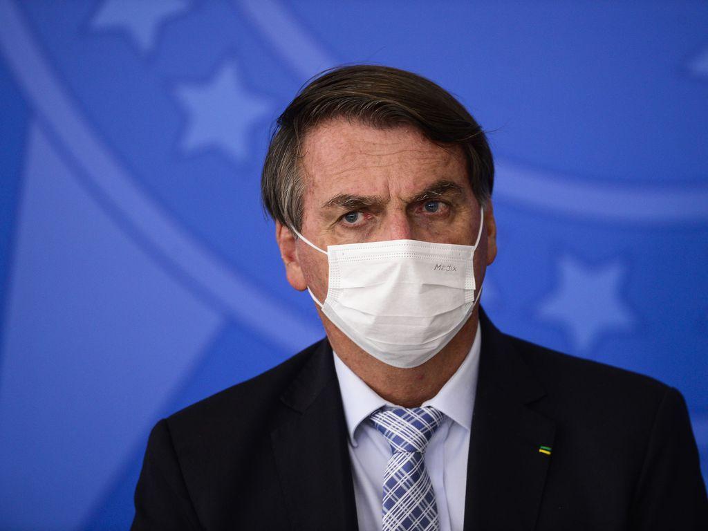 Governo brasileiro ainda não pediu aos EUA vacinas da Covid, dizem fontes thumbnail