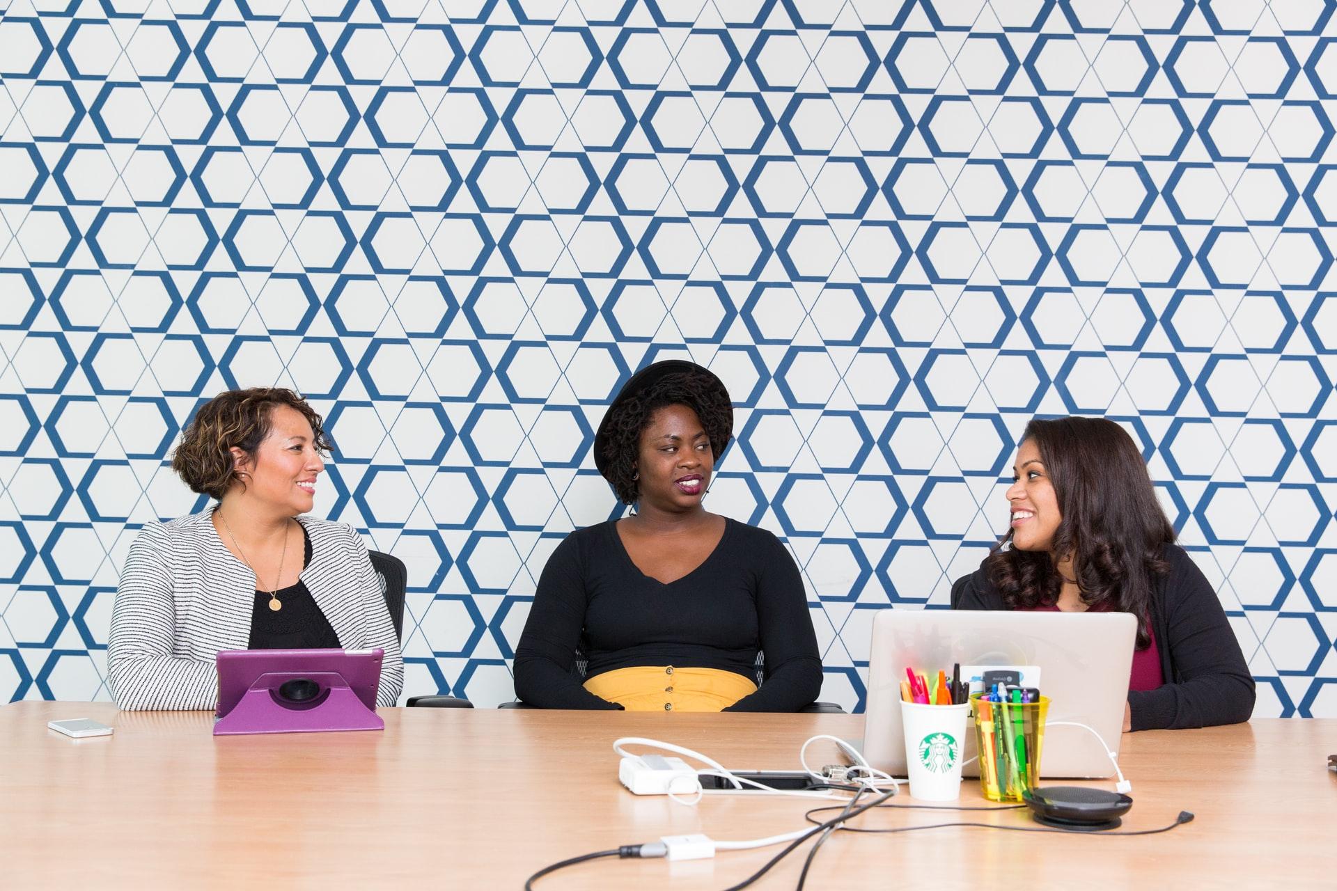 61% das empresas de capital aberto no Brasil não têm mulheres entre seus diretores thumbnail