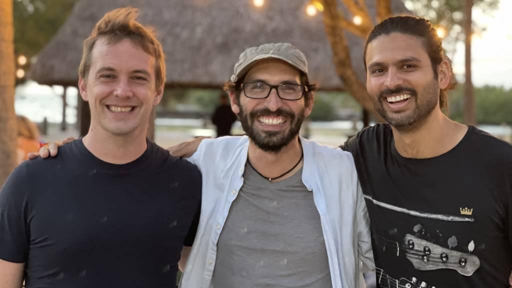 Antonio Molins, Jorge Soto Moreno e Dhaval Chadha, cofundadores da Justos (Divulgação)