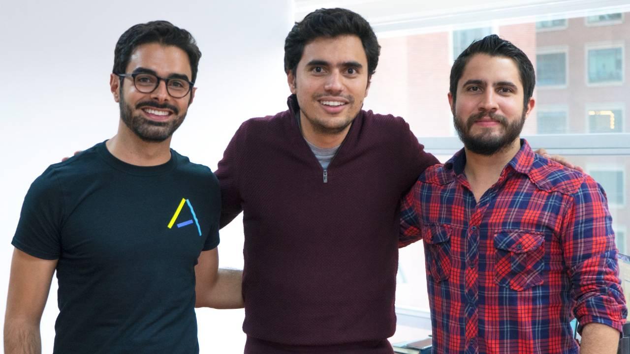 Santiago Suarez, Daniel Vallejo e Elmer Ortega, cofundadores da Addi (Divulgação)