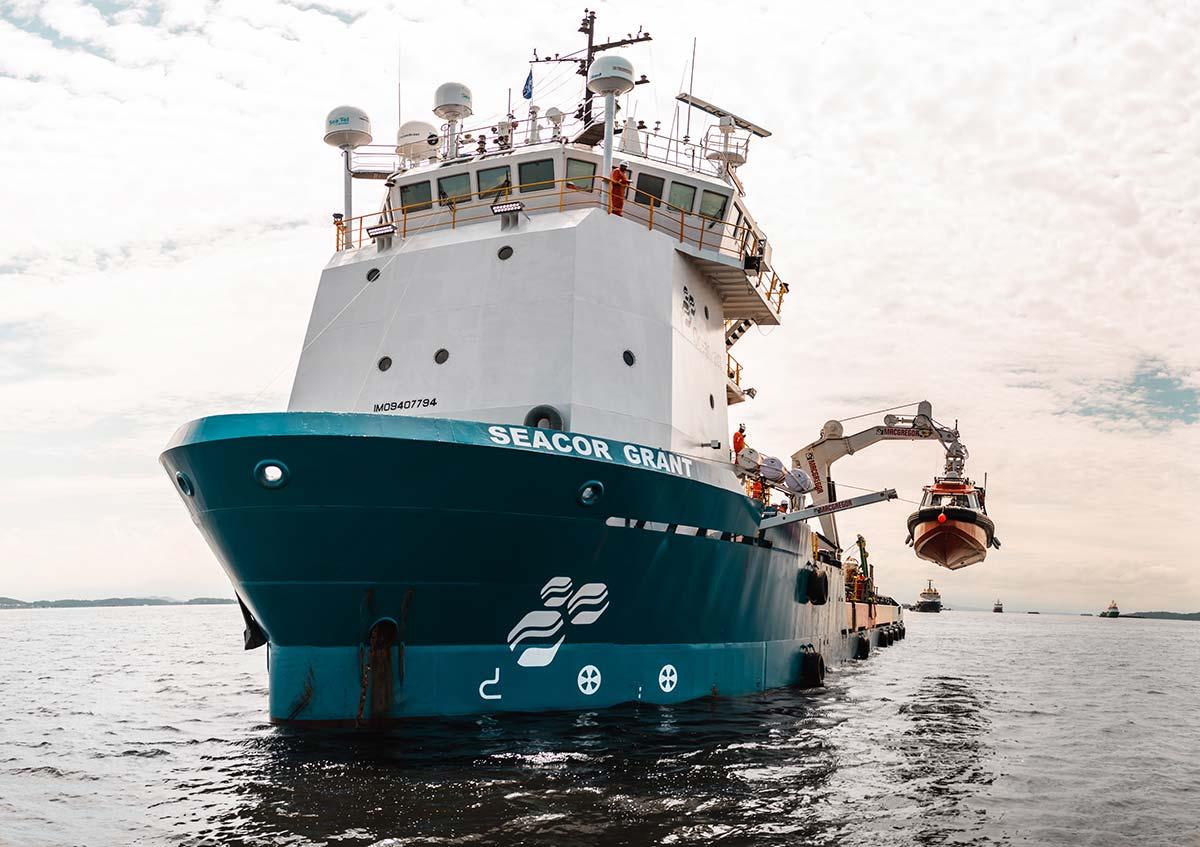 Navios de apoio offshore da OceanPact