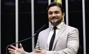 """Reforma tributária: relator sugere """"seguro"""" para garantir repasses a Estados e municípios"""