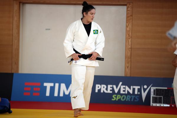 Mayra Aguiar durante treino no Ginásio Yuto, em Tóquio (Gaspar Nóbrega/COB)