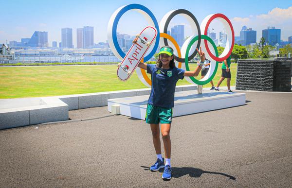 """Rayssa Leal, a """"Fadinha"""" do skate, na Vila Olímpica (Rafael Bello)"""