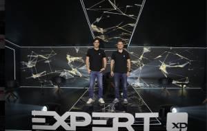 Guilherme Benchimol, fundador da XP, e Thiago Maffra, CEO da XP, fizeram o painel de abertura da Expert 2021 (Divulgação)
