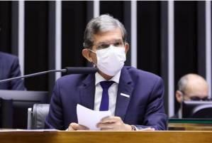 Dólar forte torna todas as commodities mais caras, diz presidente da Petrobras