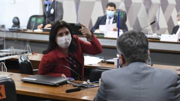 Simone Tebet, na reunião da CCJ